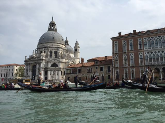 Gondola rush hour at St Marks.